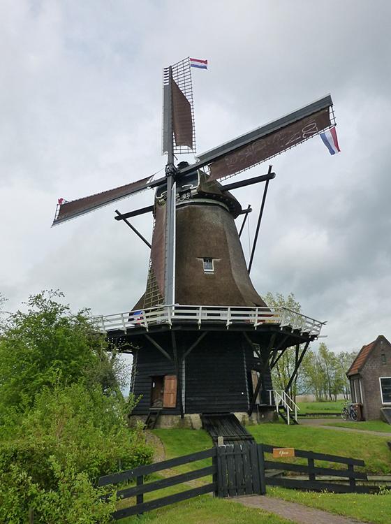 Sweachmermolen, Langweer, Foto: Dick Bunskoeke (11-5-2013).