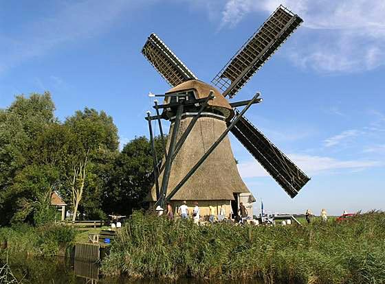 De Poelen, Dronrijp, Foto: Willem Jans (10-9-2006).