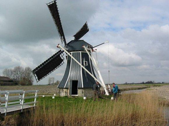 De Hatsumermolen, Dronrijp / Hatsum, Foto: Willem Jans (27-3-2004).