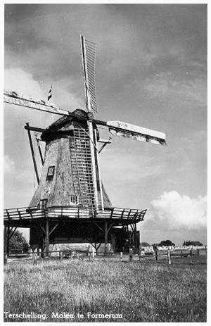 Formerumermolen (Koffiemolen), Formerum (Terschelling), De molen met op één roede het systeem Bilau.  Foto: n.b. (verzameling Rob Pols).