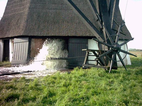 Oude Doornse Molen, Almkerk, Foto: Johan Straver (14-5-2005)