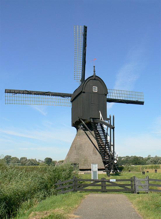 Zandwijkse Molen, Almkerk, Foto: Bart van Maaren (25-8-2016)