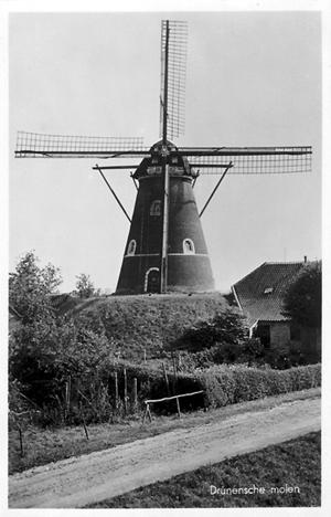 Hertogin van Brabant, Drunen, Foto: n.b. (verzameling Rob Pols).
