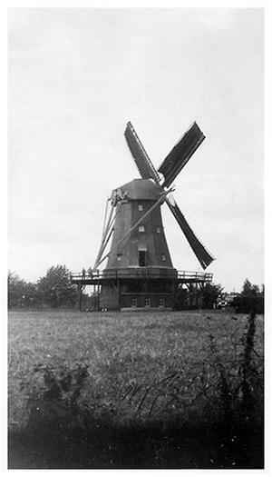 De Bijenkorf, Gemert, Foto: ± 1935 (verzameling Ton Meesters).