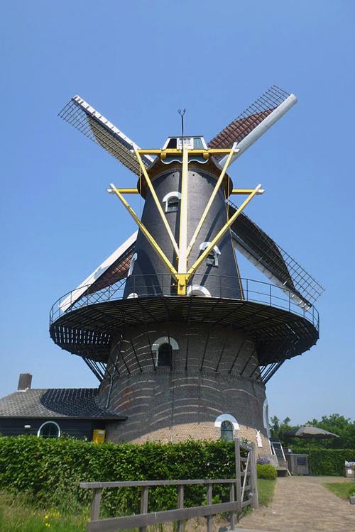 Onvermoeid / Kerkhovense Molen, Oisterwijk, Foto: Tony Hop (8-6-2013)
