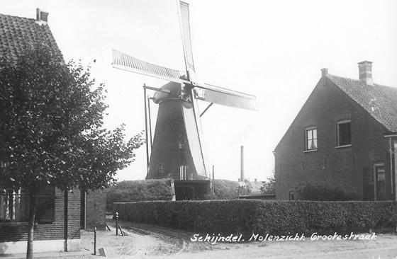 Catharina, Schijndel, De Catharina in betere staat én met zelfzwichting op één roede.  Foto: verstuurd in 1940 (verzameling Ton Meesters).
