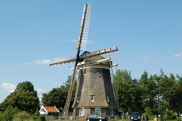 De 1100 Roe , Amsterdam-Slotermeer, Foto: Jan de Goede (31-5-2009).