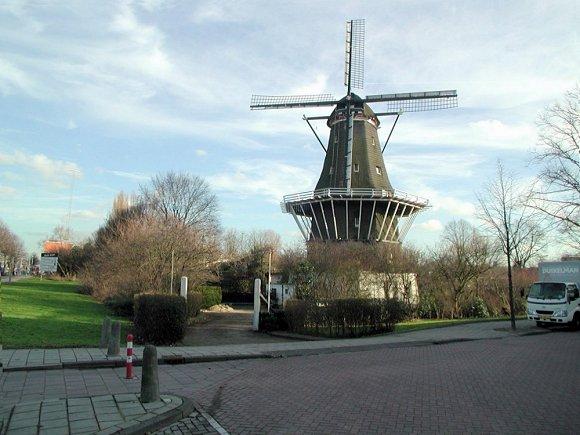 De Bloem, Amsterdam, Foto: Joop Vendrig (24-1-2002).