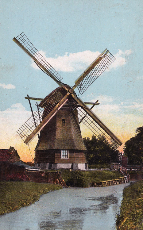 De Veer, Haarlem-Penningsveer, De verbrande voorganger van de huidige molen.  Foto: ingezonden door Arie Hoek.