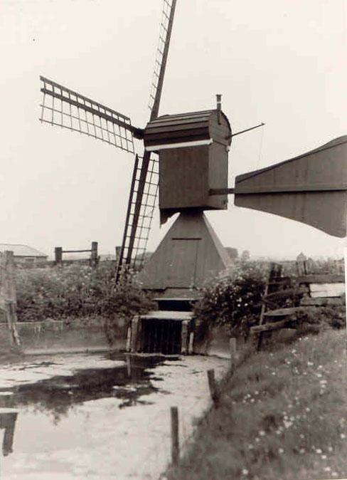 Varnebroekmolen, Heiloo, Foto ca. 1965, uit de verzameling van Ruud v.d. Aakster