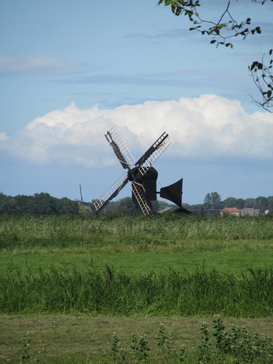 Varnebroekmolen, Heiloo, Foto: Piet Glasbergen (2-9-2014).