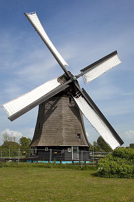Strijkmolen E (Zes Wielen), Oudorp, Foto: Eric van der Eijk (9-5-2009).