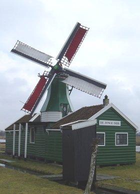 De Jonge Dirk, Westzaan, Foto: Hessel de Vries (2003).