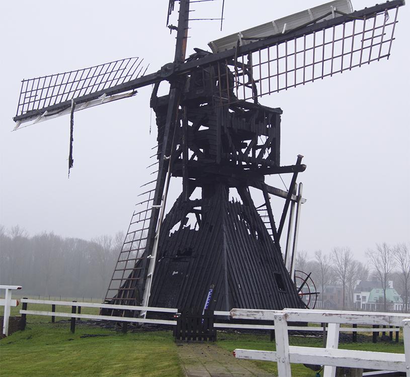 Buitenwegse Molen, Oud-Zuilen, Helaas... Brand... Foto: Erik Stoop (15-3-2016)