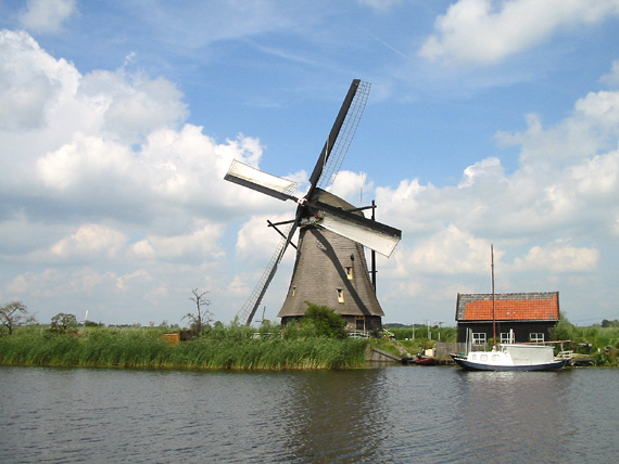 Overwaard Molen No.6, Kinderdijk, Foto: Rob Pols (19-07-2004)
