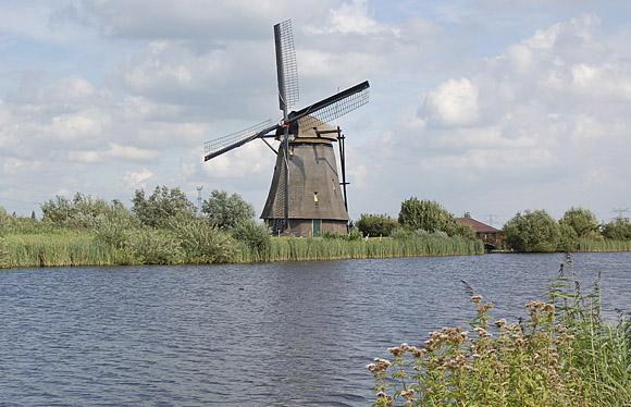 Overwaard Molen No.8, Kinderdijk, Foto: Rob Pols (26-8-2008).