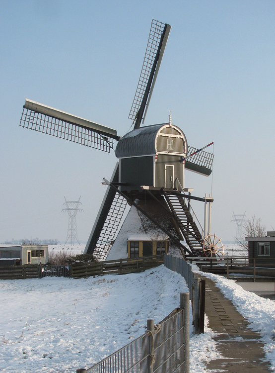 Achthovense Molen, Leiderdorp, Foto: Piet Glasbergen (25-1-2013)