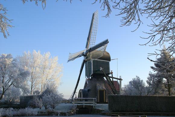 Munnikkenmolen, Leiderdorp, Foto: Hylda Hendriksma (22-12-2007).