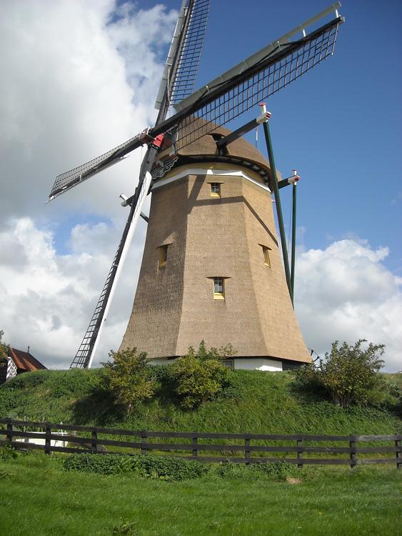 Ondermolen (van de Driemanspolder), Leidschendam, Foto: Charles Stokman (19-9-2012).