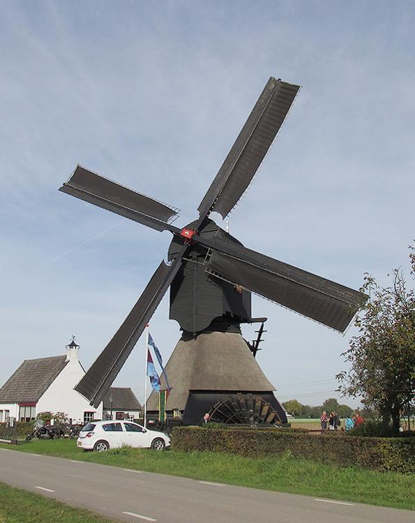 Oostmolen, Mijnsheerenland, Foto: Abel van Loenen (18-10-2014).