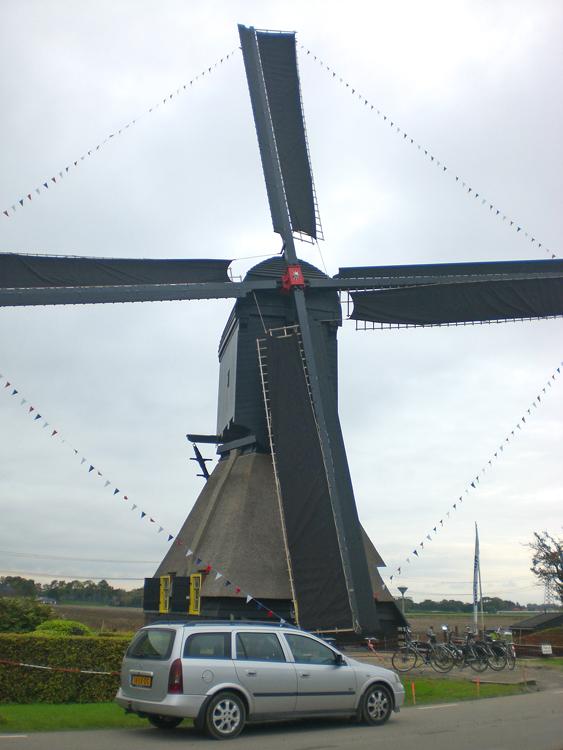 Oostmolen, Mijnsheerenland, De molen na de grote restauratie.  Foto: Tony Hop (20-10-2012).
