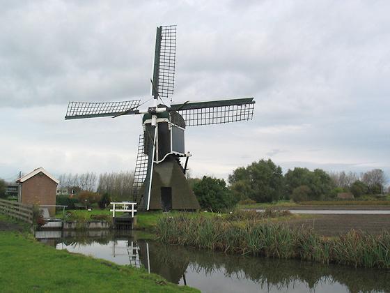 Hoogewegse Molen, Noordwijk, Foto: Anja Hoogduin (18-10-2005)