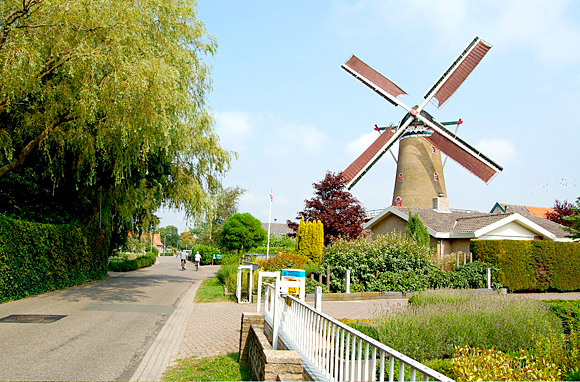De Zwaan, Ouddorp, Foto: Rob Pols (8-8-2006).