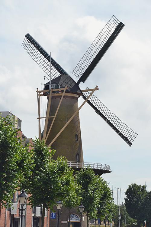 De Distilleerketel, Rotterdam-Delfshaven, Foto: Rob Pols (27-7-2013).