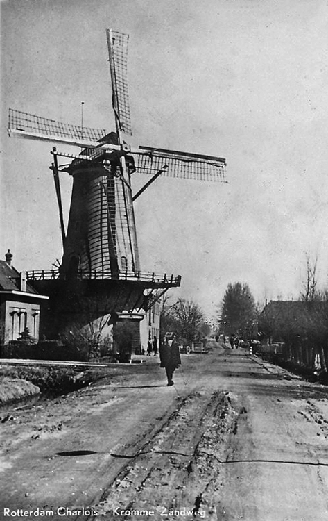 De Zandweg, Rotterdam-Charlois, Foto n.n., datum onbekend (coll. Rob Pols).