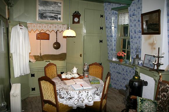 Groeneveldse Molen, Schipluiden, Het interieur van het vroegere woongedeelte.  Foto: Quistnix (8-2-2008).
