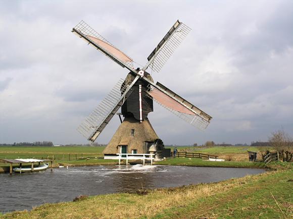 Broekmolen, Streefkerk, De molen in vol bedrijf.  Foto: Willem Jans (8-3-2008).