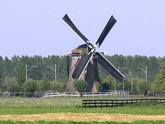 Barremolen, Zoeterwoude-Rijndijk, Foto: W. Jans (14-05-2005).
