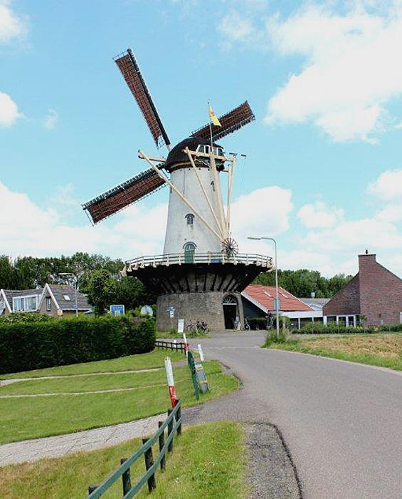 De Arend, Zuidland, Foto: Frits Kruishaar (2-6-2012).