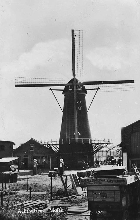Windlust, Achthuizen, Een oude opname van de molen uit de tijd dat deze nog in bedrijf was.  Foto n.n. (coll. Rob Pols).