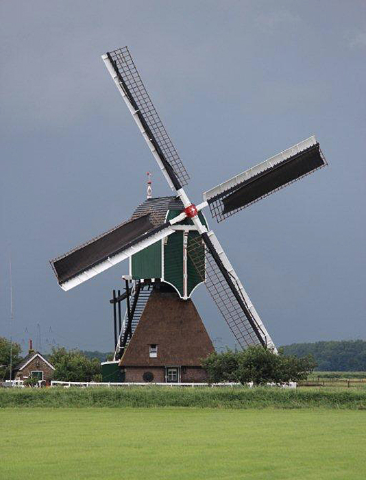 Wingerdse Molen, Bleskensgraaf, Foto: Frits Kruishaar (14-7-2012).