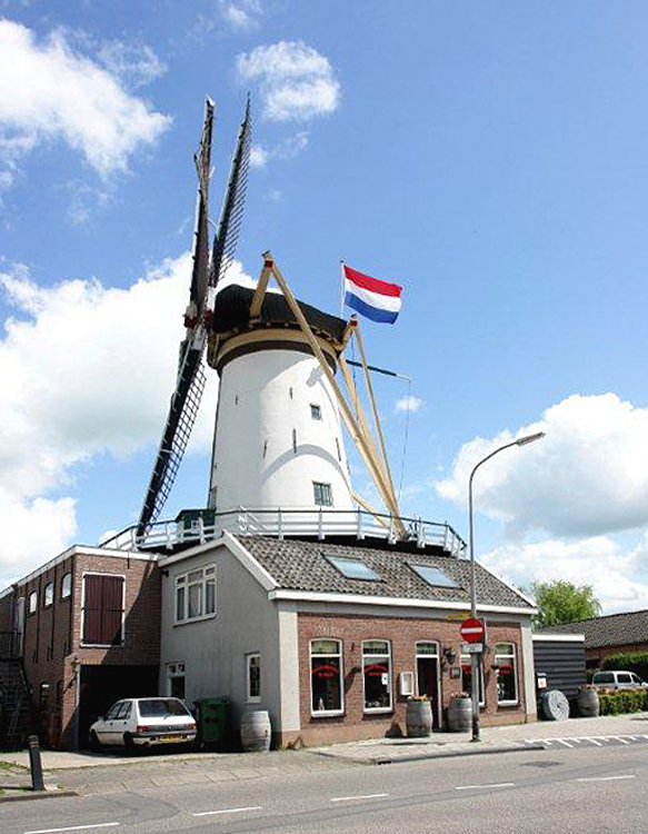 De Arkduif, Bodegraven, Foto: Frits Kruishaar (12-5-2012).