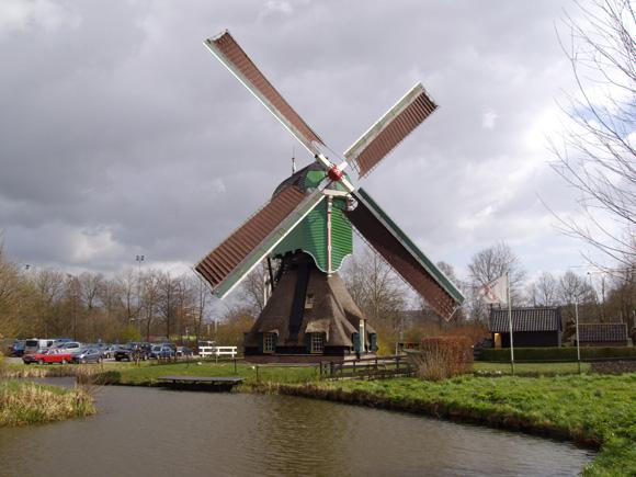 Oostmolen, Gorinchem, Foto: Theo de Rooij (januari 2008).