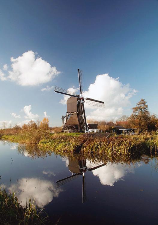 Hoekmolen, Hei- en Boeicop, Foto: Wijnand van den Berg (18-11-2012).