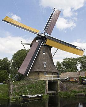 Grutte Mûne / De Grote Molen, Broeksterwoude, foto: Edo Werkman (21-05-2011) | Database Nederlandse molens