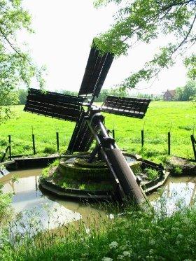 (paaltjasker), Wergea (Warga), Foto: W. Jans (25-05-2003). | Database Nederlandse molens