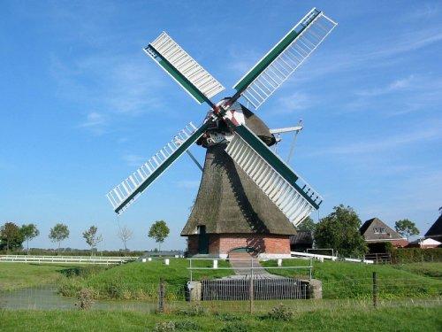 Westerhornermolen, Grijpskerk, W. Jans (25-09-2003)   Database Nederlandse molens