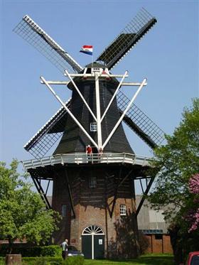 De Stormvogel, Loppersum, Harmannus Noot (30-4-2005). | Database Nederlandse molens
