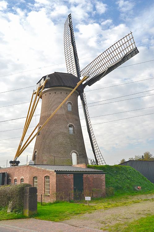 St. Antonius, Eerde, Rob Pols (23-10-2014).   Database Nederlandse molens