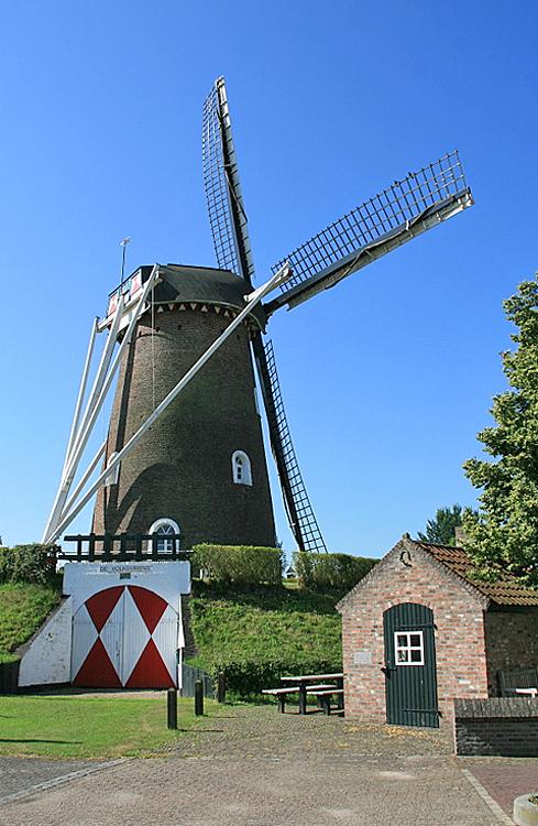de volksvriend liessel nederlandse molendatabase