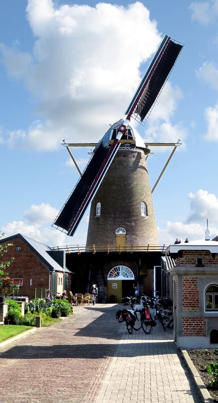 De Graanhalm, Gapinge, Gerard Sturkenboom (2-9-2017)Tijdelijk met één roede. | Database Nederlandse molens
