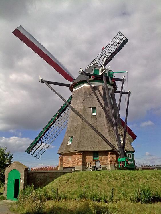 (beltmolen), Ovezande, Mark Remmerts (15-9-2013) | Database Nederlandse molens