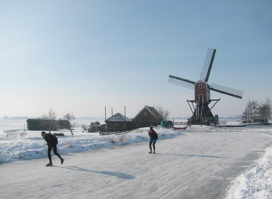 https://molens.hippoextranet.nl/07071954/zuidholland/1076DeVrouwVenner-winter.jpg