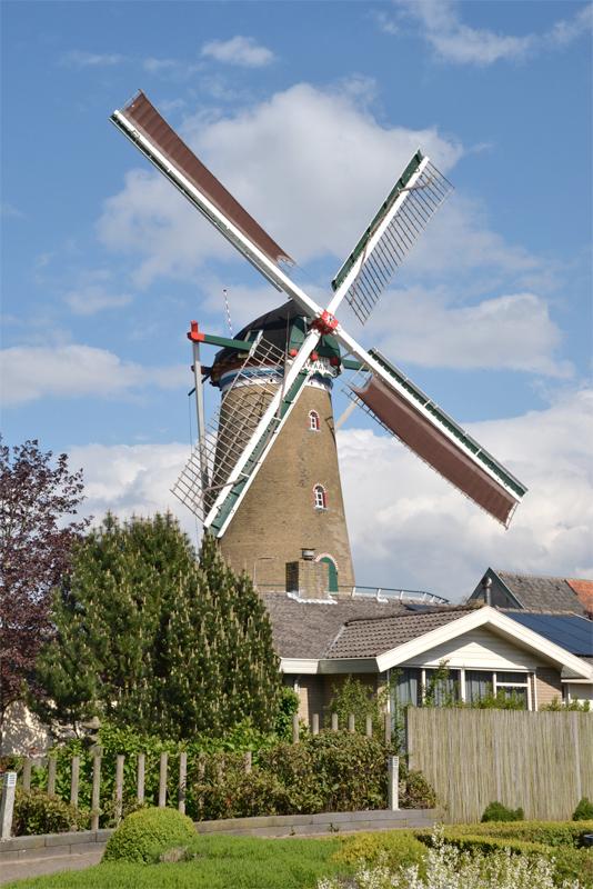 De Zwaan, Ouddorp, Rob Pols (26-4-2019)   Database Nederlandse molens