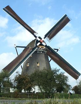 De Valk, Berkel en Rodenrijs, Foto: Garrit Hendriks (13-10-2004).   Database Nederlandse molens