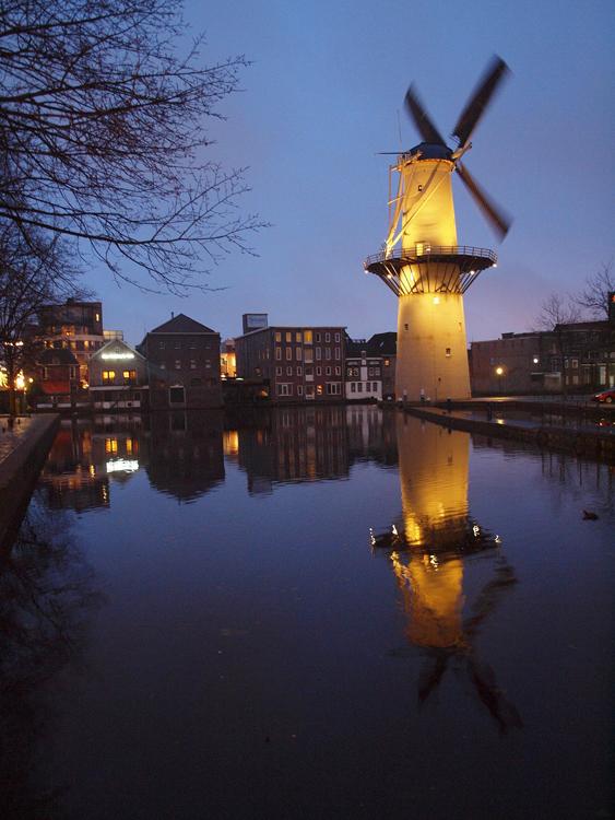 De Kameel, Schiedam, Jeroen van Dijke (4-1-2013). | Database Nederlandse molens